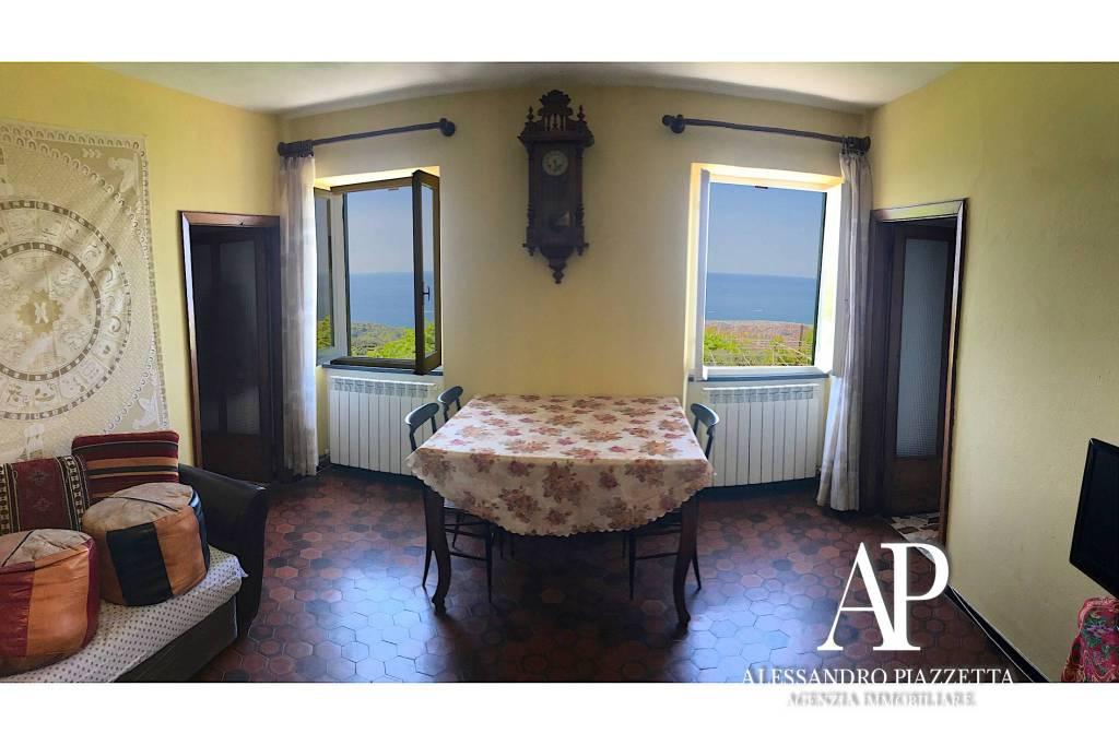 Foto 1 di Appartamento via Belvedere 15, Cogorno
