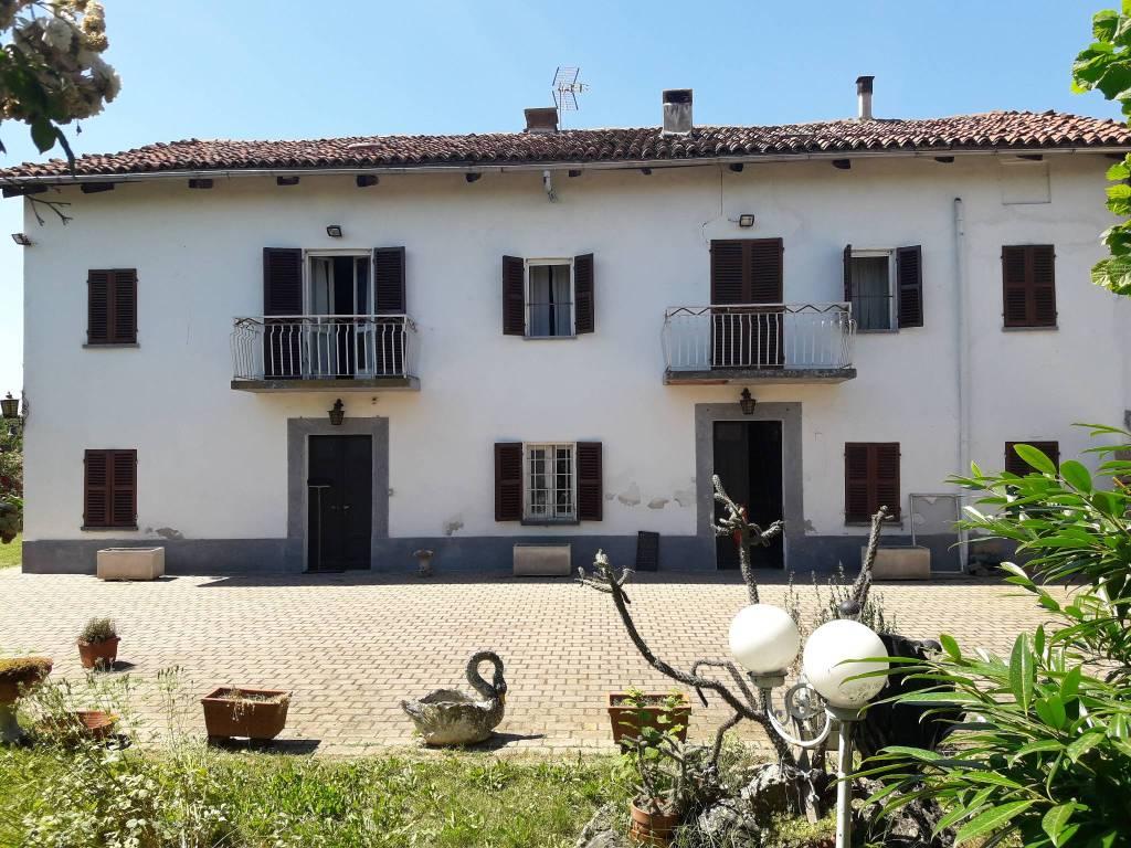 Foto 1 di Rustico / Casale Frazione Poggio Gerba, frazione Poggio Gerba, Castello Di Annone