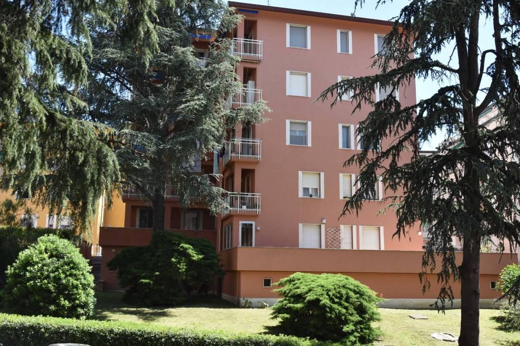 Foto 1 di Appartamento via Giacomo Leopardi 11, Arenzano