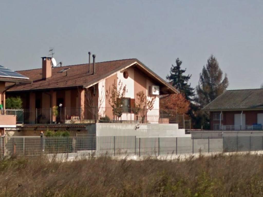 Villa in vendita a Candiolo, 7 locali, prezzo € 155.000 | PortaleAgenzieImmobiliari.it