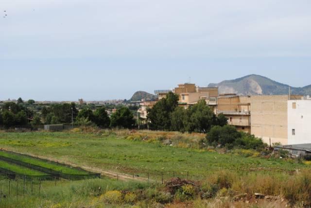Terreno commerciale in Vendita a Casteldaccia Centro: 2500 mq