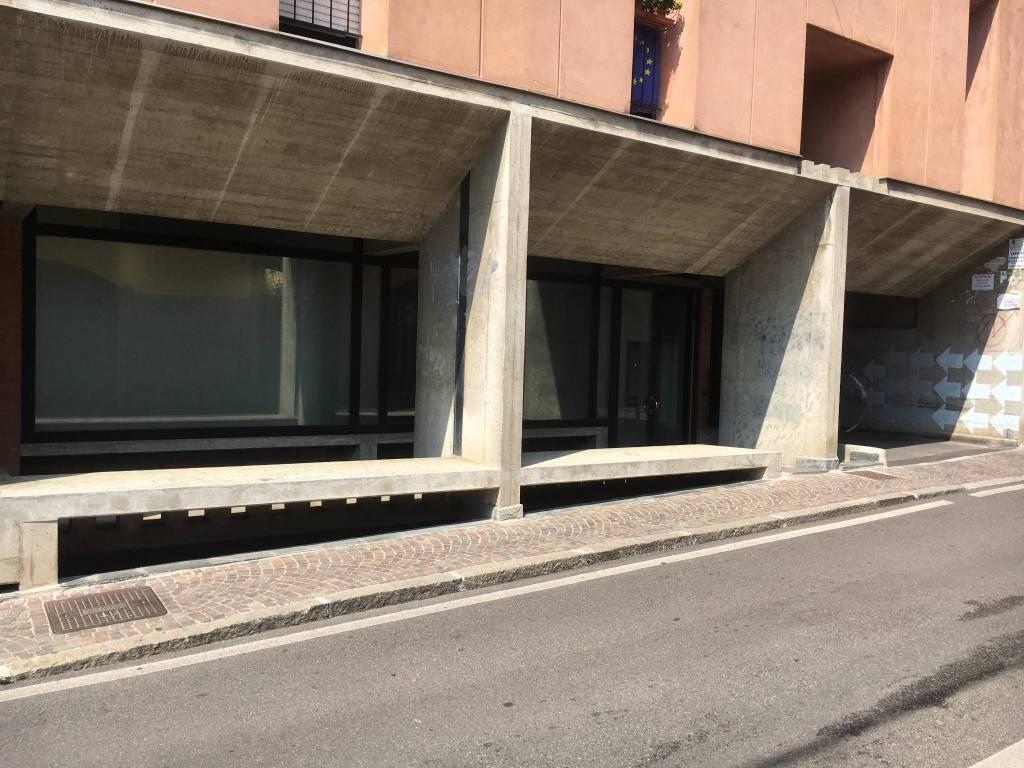 Negozio / Locale in vendita a Alzano Lombardo, 1 locali, prezzo € 49.000 | PortaleAgenzieImmobiliari.it