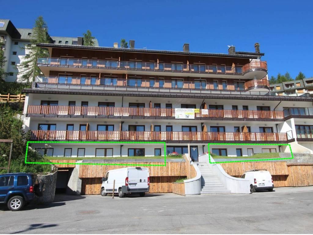 Palazzo / Stabile in Vendita a Sestriere