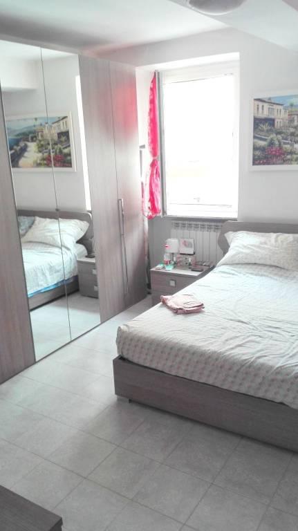 Appartamento in buone condizioni in vendita Rif. 7945411