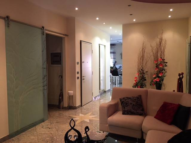 Appartamento in Vendita a Piacenza Semicentro: 5 locali, 175 mq