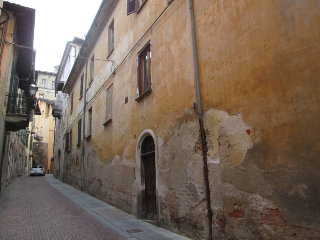 Foto 1 di Quadrilocale via Palazzo di Città 38, Saluzzo