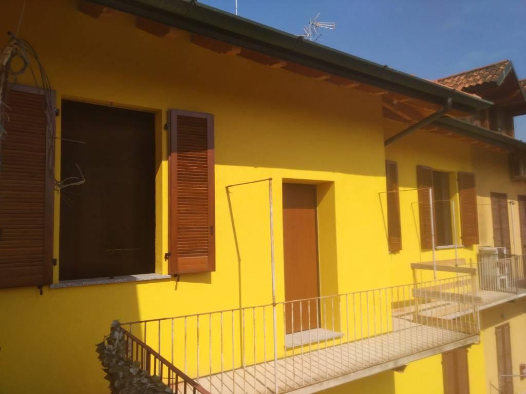 Appartamento in ottime condizioni in vendita Rif. 7484464