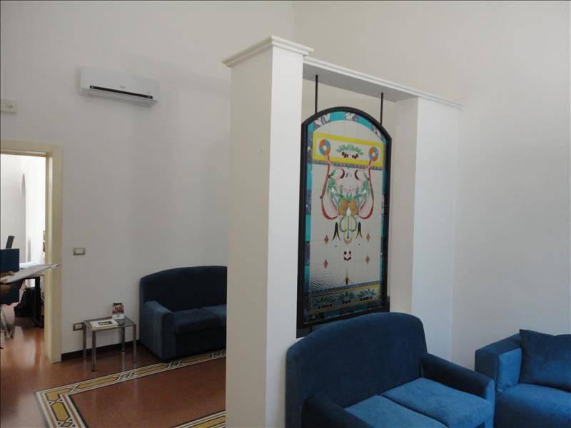 Ufficio-studio in Vendita a Lecce Centro: 5 locali, 145 mq