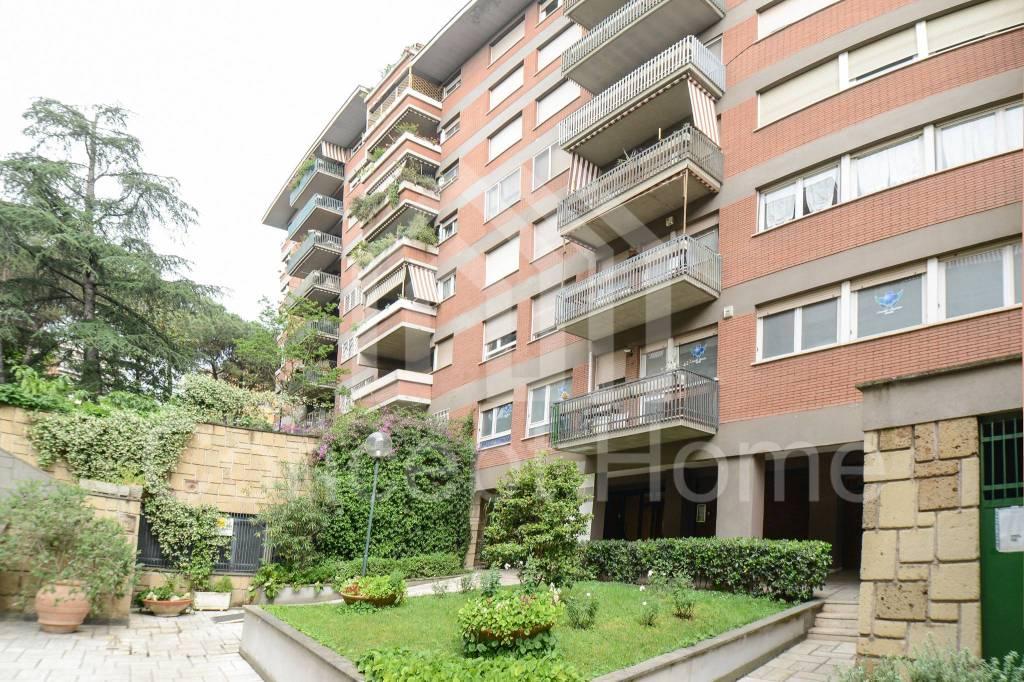 Appartamento in vendita a Roma, 4 locali, prezzo € 390.000 | CambioCasa.it