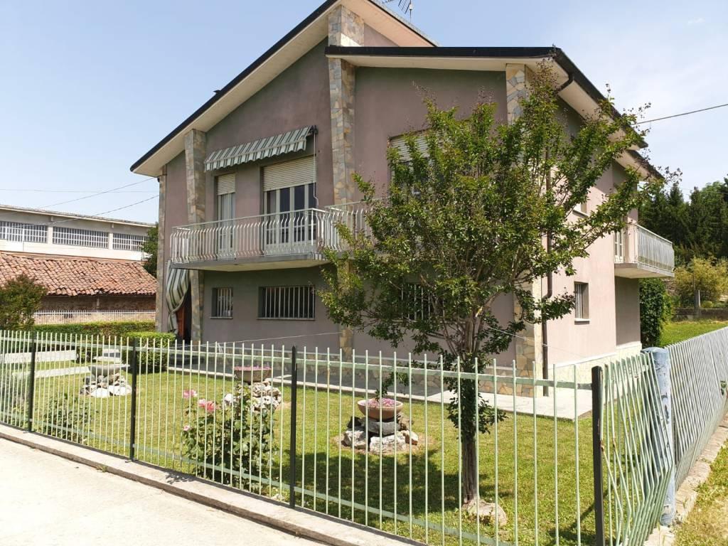 Foto 1 di Villa via Provinciale 40, Vigliano D'asti