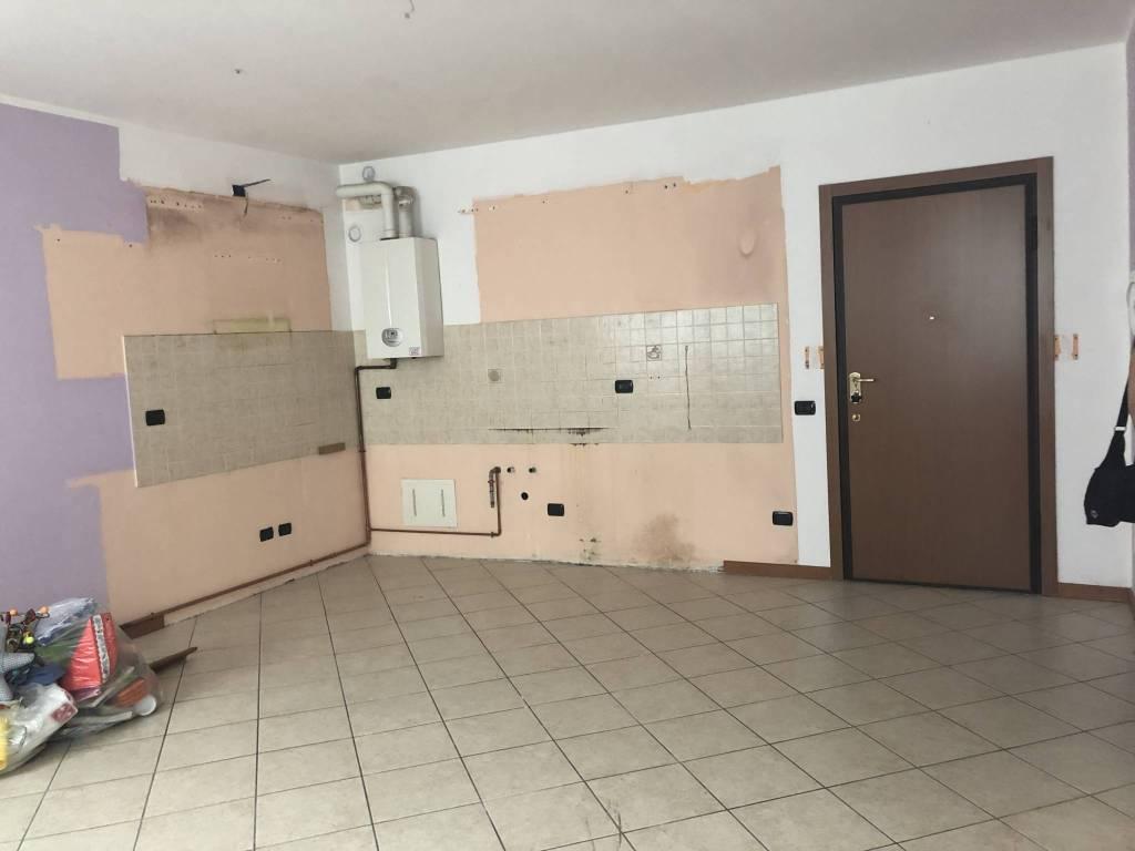 Appartamento in ottime condizioni in vendita Rif. 7348210
