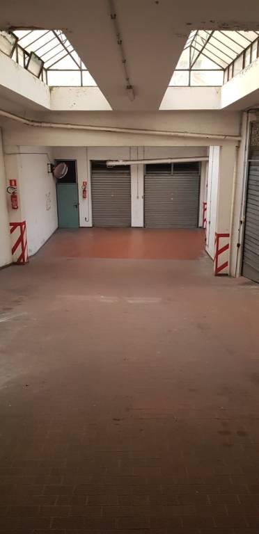 Attività / Licenza in vendita a Roma, 1 locali, prezzo € 42.000   CambioCasa.it