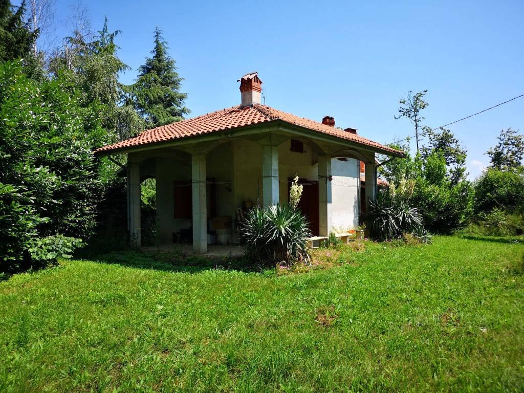 Foto 1 di Villa via Valle Corsagia, Monastero Di Vasco
