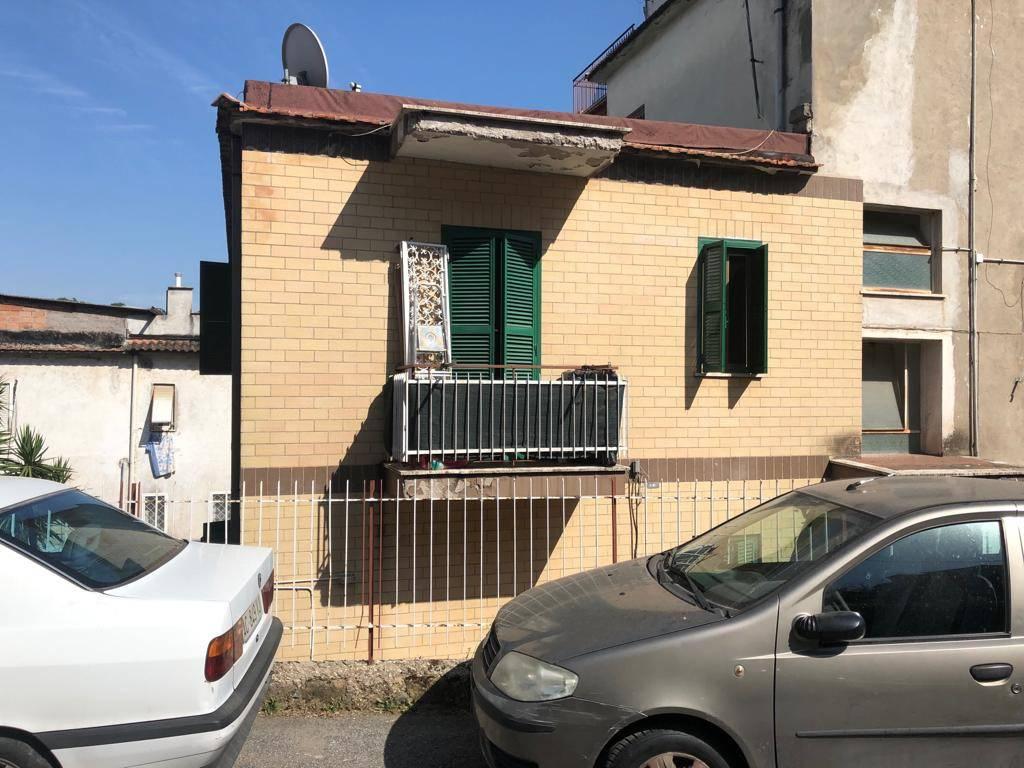 Appartamento in vendita a Roma, 3 locali, zona Zona: 27 . Aurelio - Boccea, prezzo € 110.000   CambioCasa.it