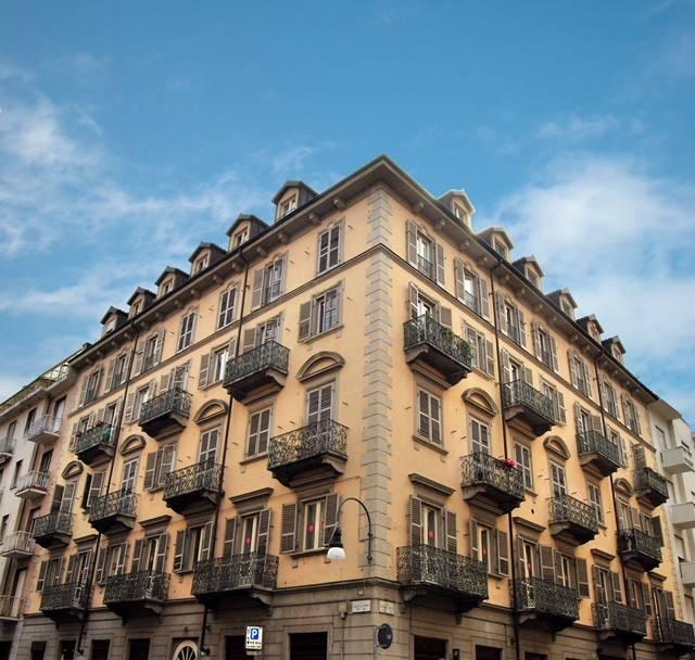 Foto 1 di Trilocale via Giuseppe Grassi 9, Torino (zona Cit Turin, San Donato, Campidoglio)