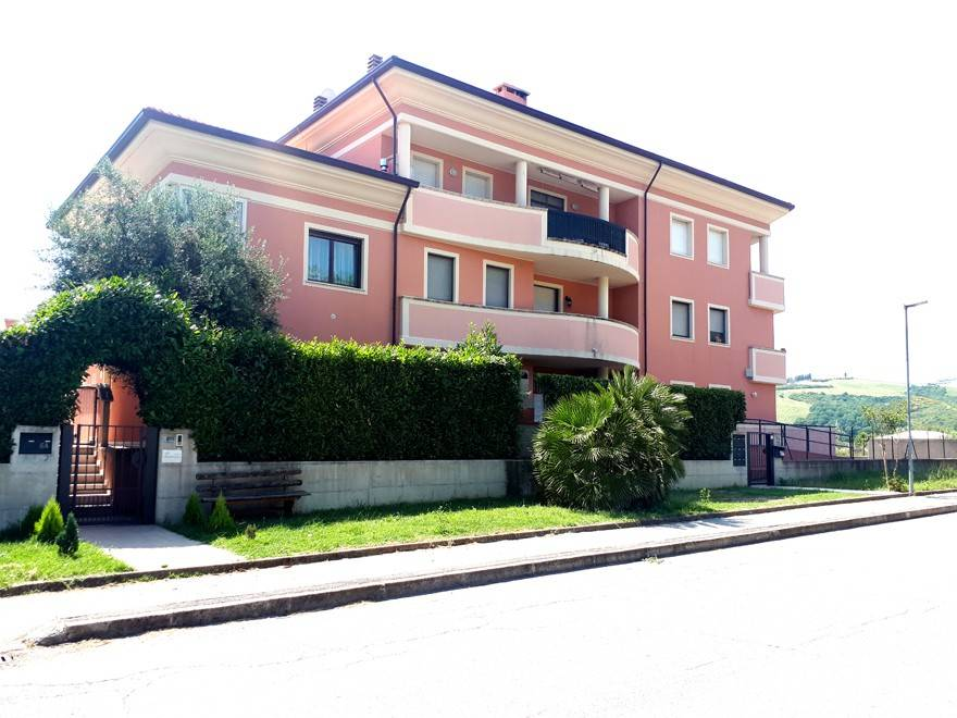 Appartamento in vendita a Sassofeltrio, 3 locali, prezzo € 63.000 | CambioCasa.it
