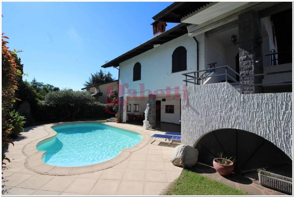 Villa in buone condizioni in vendita Rif. 8153690