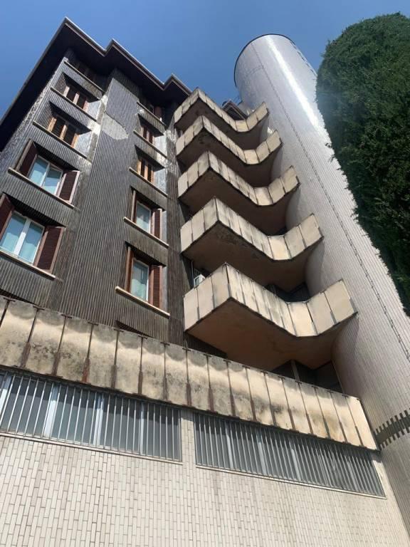 Appartamento in vendita a Erba, 6 locali, prezzo € 370.000 | PortaleAgenzieImmobiliari.it