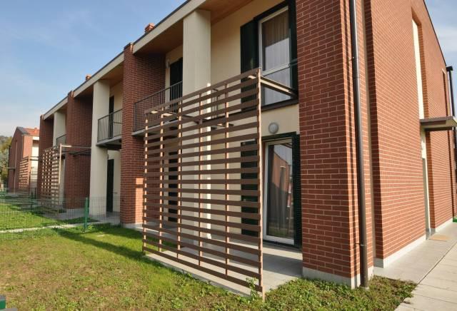 Villa 6 locali in vendita a Costa Masnaga (LC)