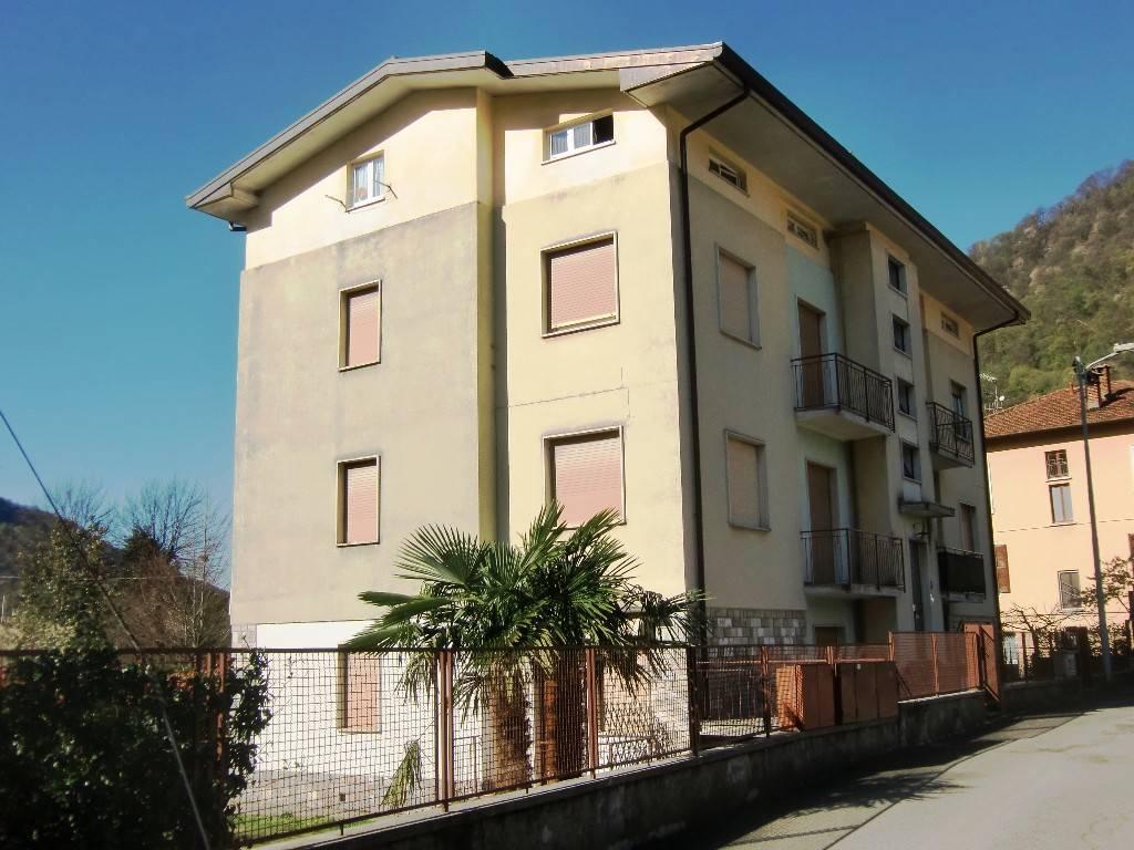 Appartamento in vendita a Valbrona, 4 locali, prezzo € 45.000   PortaleAgenzieImmobiliari.it