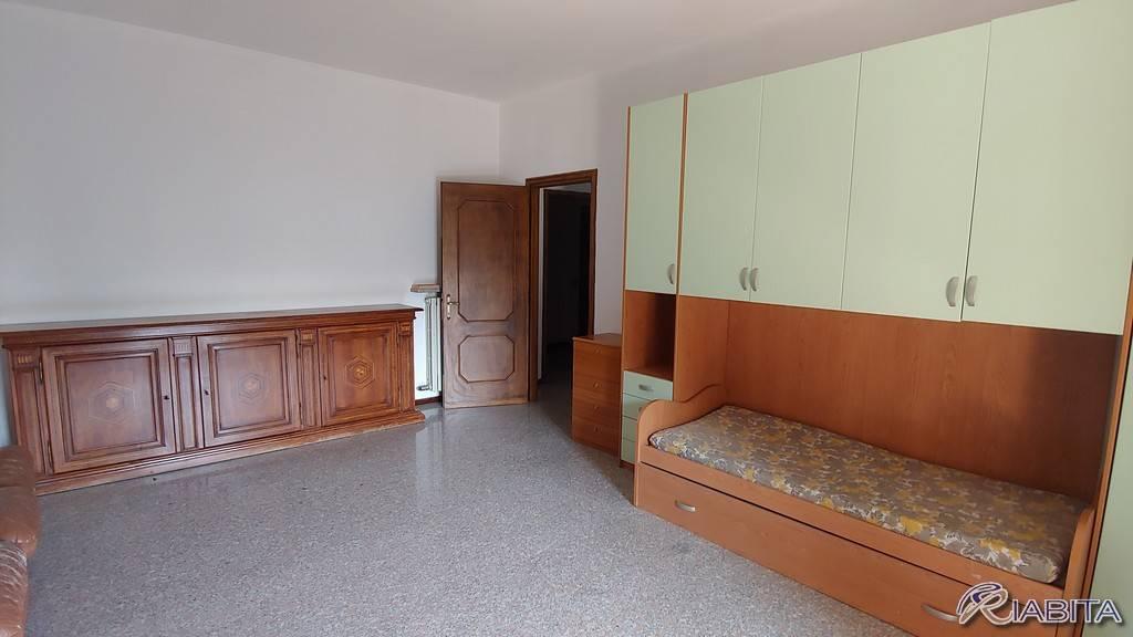 Appartamento in Affitto a Vigolzone Centro: 4 locali, 150 mq