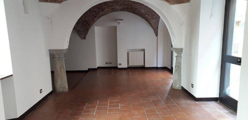 Negozio / Locale in affitto a Acqui Terme, 2 locali, prezzo € 700   PortaleAgenzieImmobiliari.it