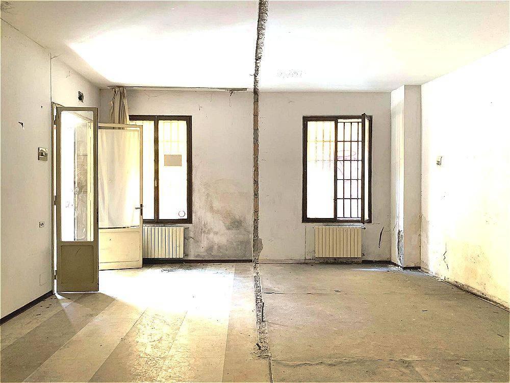 Foto 1 di Loft / Open space via Marsala, Bologna (zona Centro Storico)