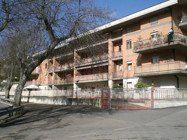 Appartamento in Vendita a Magione: 4 locali, 120 mq