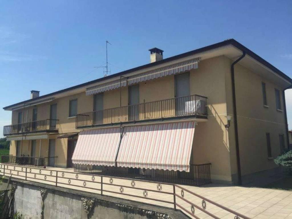 Appartamento in vendita a Montodine, 3 locali, prezzo € 69.000   CambioCasa.it