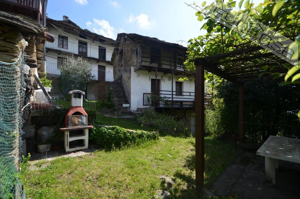 Foto 1 di Casa indipendente Borgata Ramate, Pramollo