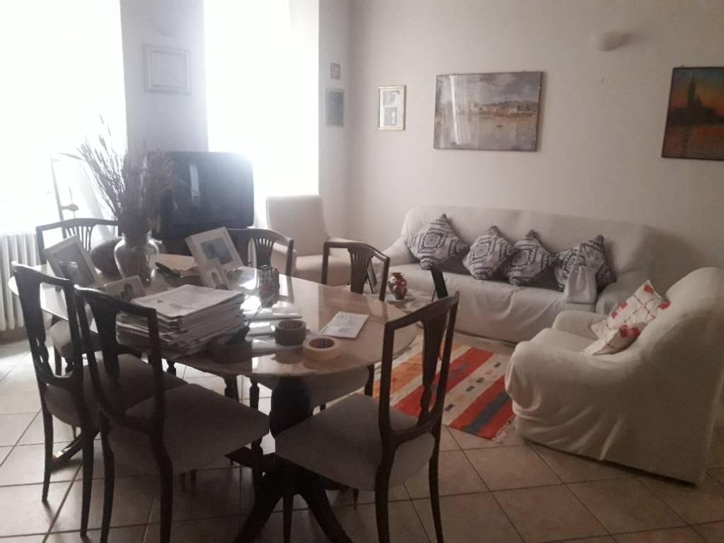 Appartamento in vendita a Spello, 5 locali, prezzo € 200.000 | PortaleAgenzieImmobiliari.it