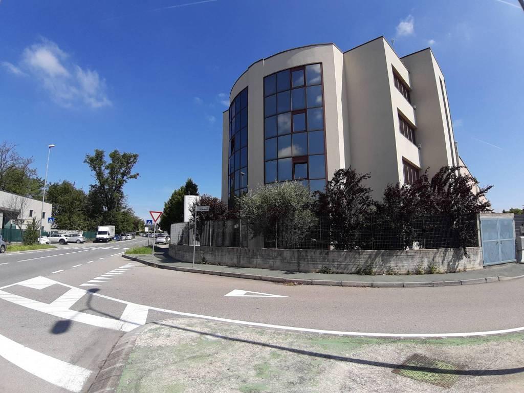 Ufficio / Studio in affitto a Legnano, 5 locali, prezzo € 1.750 | PortaleAgenzieImmobiliari.it