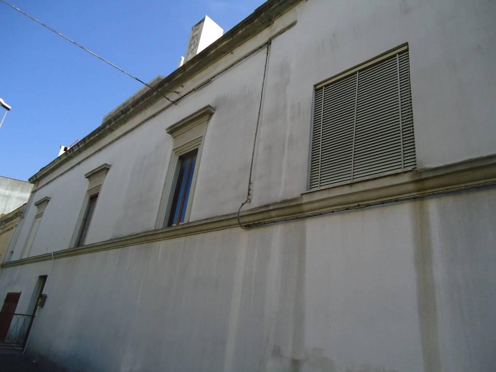 Foto 1 di Trilocale via Roma, Matino