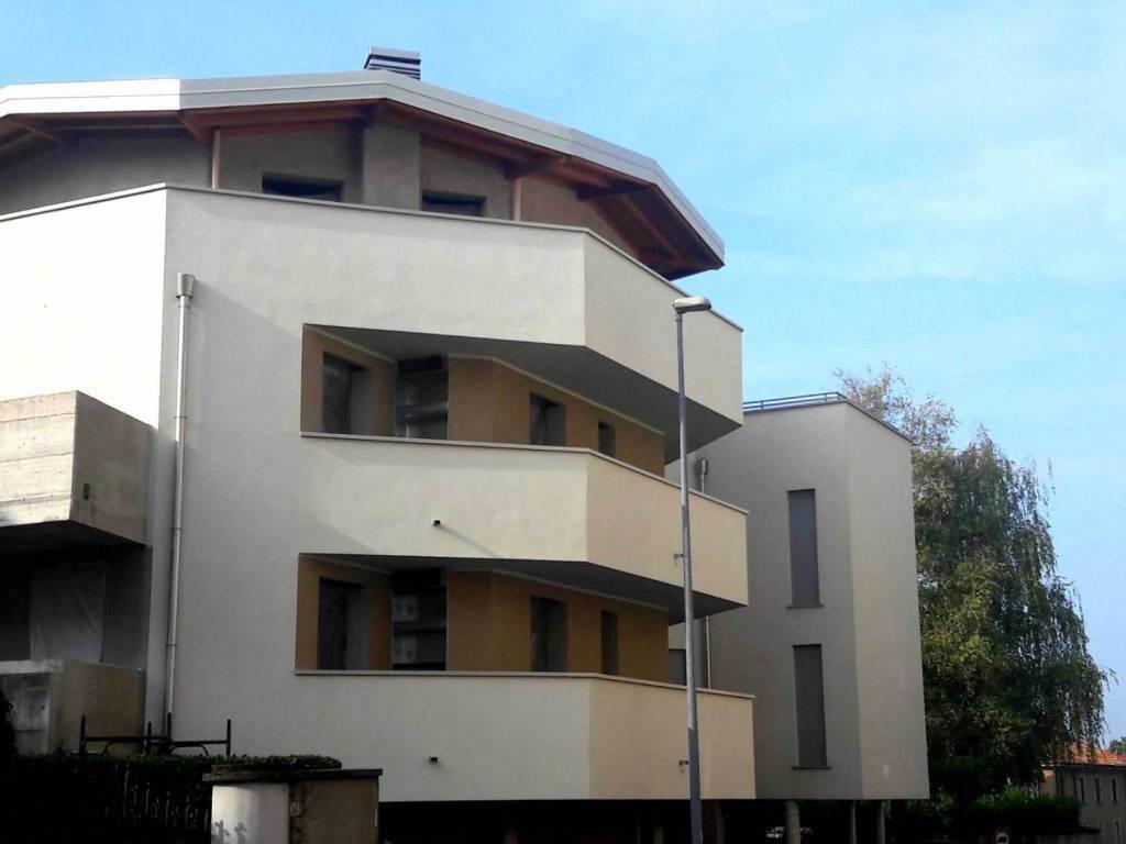 Appartamento in vendita Rif. 8270317