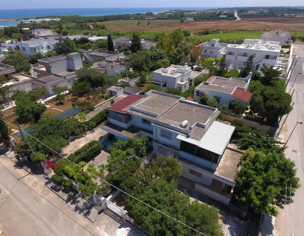 Villa-Villetta Villa in Affitto a Carovigno