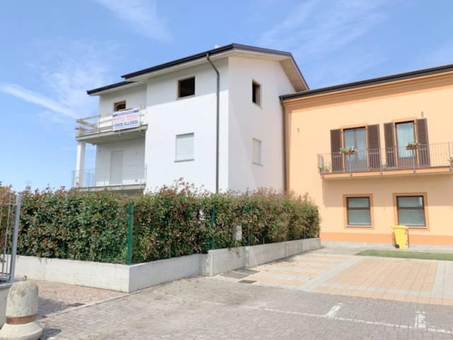 Appartamento in vendita Rif. 4815509