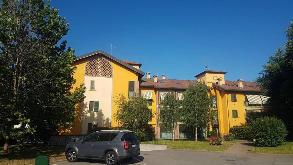 Appartamento in vendita a San Giuliano Milanese, 8 locali, prezzo € 275.000 | PortaleAgenzieImmobiliari.it