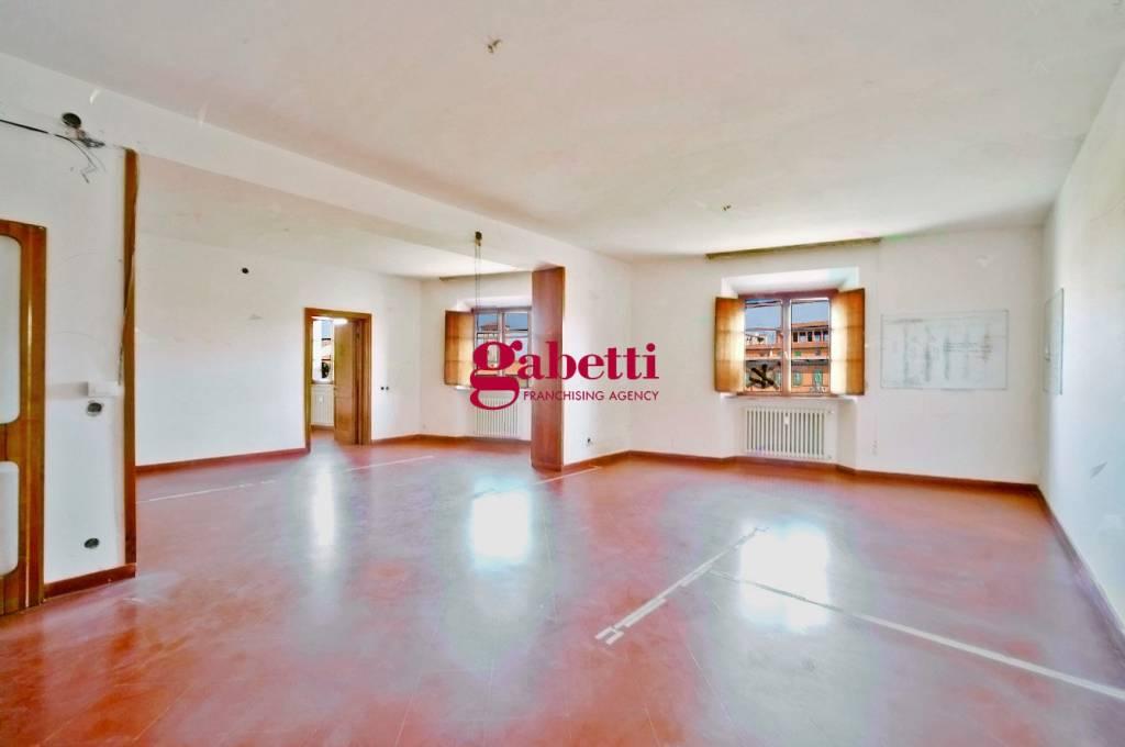 Appartamento quadrilocale in vendita a Pisa (PI)