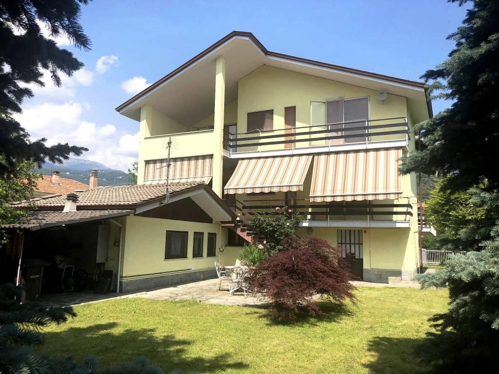 Foto 1 di Villa via Aosta 43, Montalto Dora