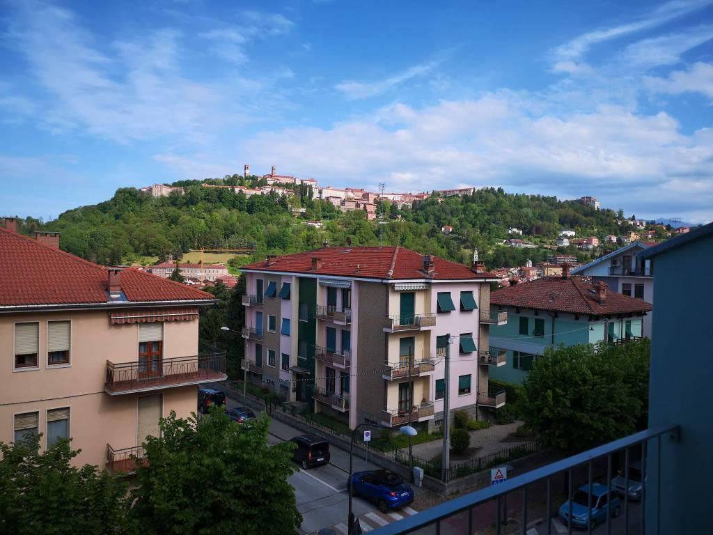 Foto 1 di Quadrilocale corso Italia 24, Mondovì