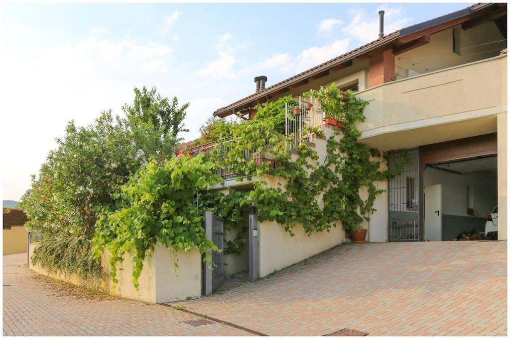 Foto 1 di Villa via Civera, Pino Torinese