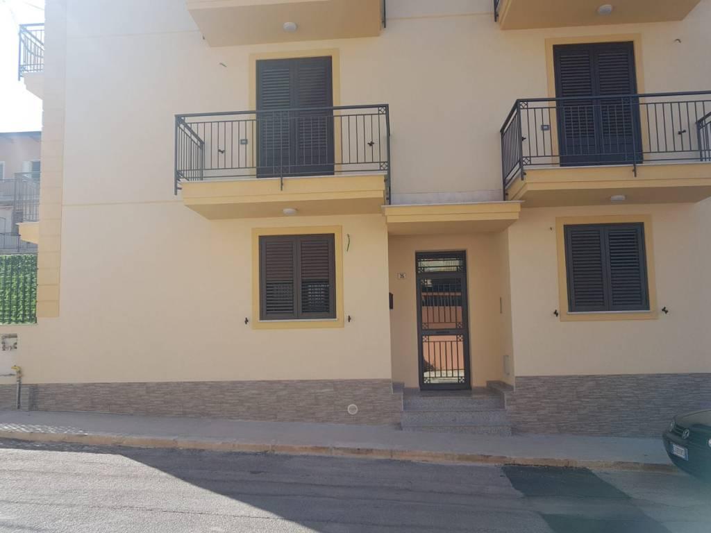 Appartamento arredato in vendita Rif. 9181242