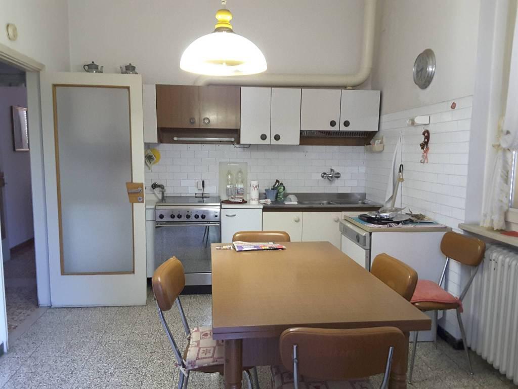Villa in Vendita a Ravenna Semicentro: 5 locali, 201 mq