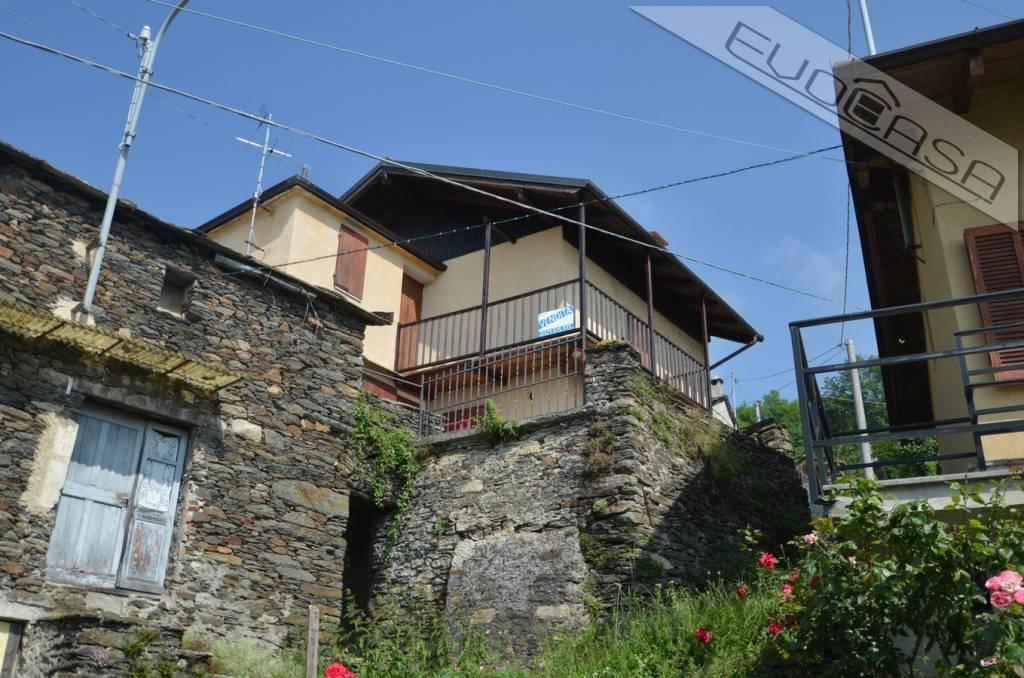 Foto 1 di Casa indipendente Borgata Bocchiardoni, Pramollo