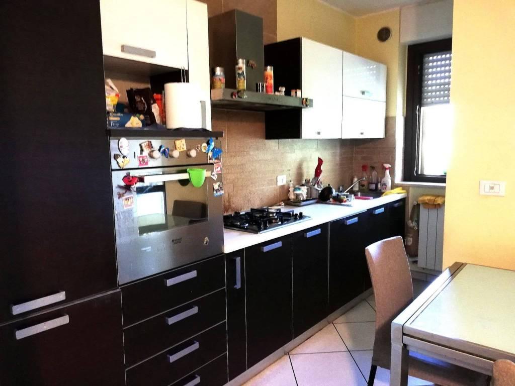Monolocali In Vendita A Parigi appartamenti cinque o più locali in vendita a spoltore