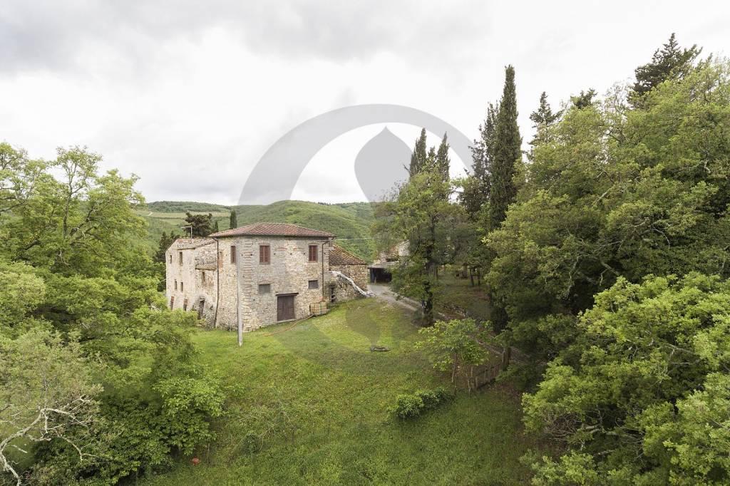 Rustico / Casale in vendita a Radda in Chianti, 12 locali, prezzo € 850.000 | CambioCasa.it