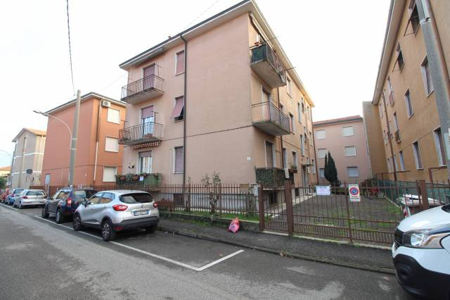 Bilocale Bellusco Via Giuseppe Mazzini, 2 2