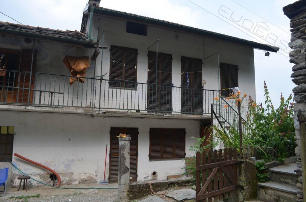 Foto 1 di Casa indipendente Borgata Pragiordano, San Germano Chisone