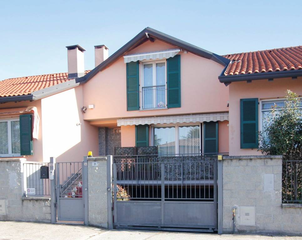 Villa a Schiera in vendita a Marnate, 4 locali, prezzo € 249.000 | PortaleAgenzieImmobiliari.it