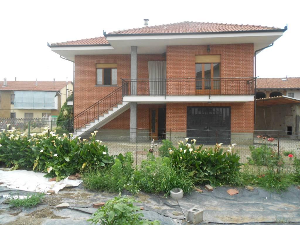 Foto 1 di Villa via Trento 19, Castagnole Piemonte